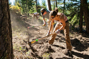 help is the best way to get your singletrack trail built fast, trail crew is out
